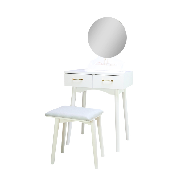 Placement of dressing table in bedroom